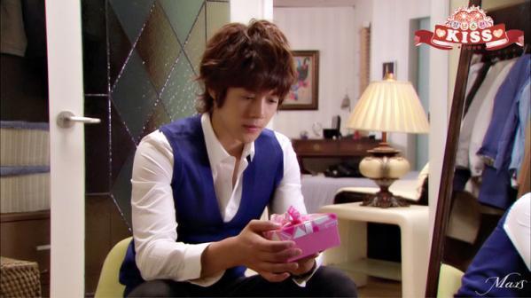 kiss100923_04_jeanjin_jin.jpg