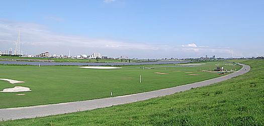 江戸川河川敷グラウンド