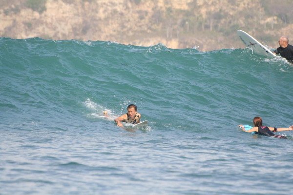 Me surfing 01