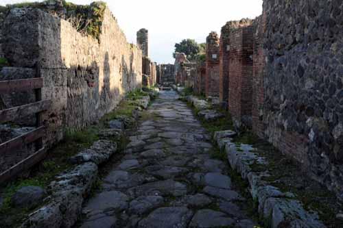 italy-pompei1011066500.jpg