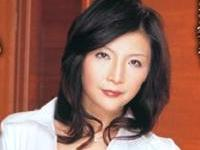 桐島千沙 「現役秘書の秘所」
