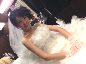 shiori20131223debut2.jpg
