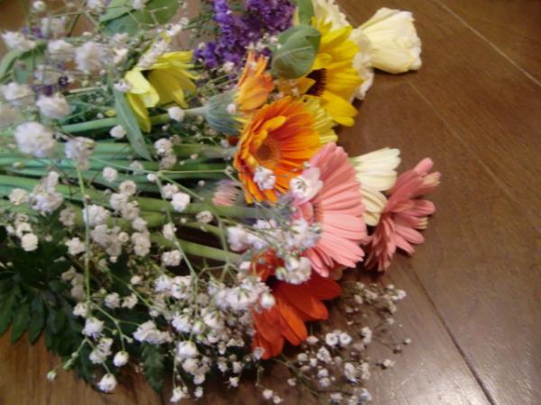 花束では・・