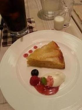 10月15日ワイズりんごのケーキ