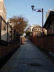 20111118 登る富士見坂2_R