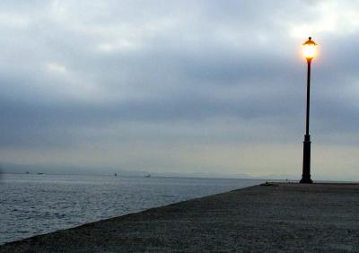 早朝の海だ
