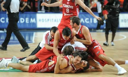 089abf54d2a268c91bd5448a4b942497-getty-basket-wc2010-tur-men-srb-tur_convert_20100912152549.jpg