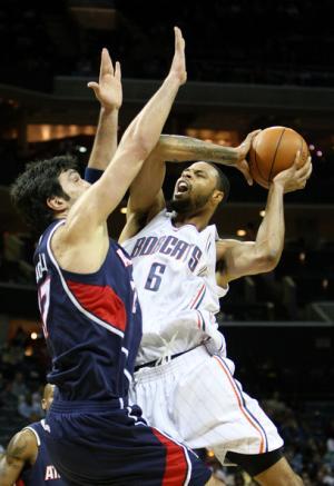 Atlanta+Hawks+v+Charlotte+Bobcats+yWLvxgHh4aml_convert_20100714170402.jpg