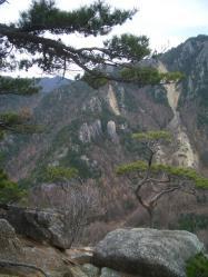 マラ岩方面