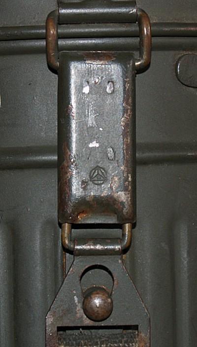 gasmask11.jpg