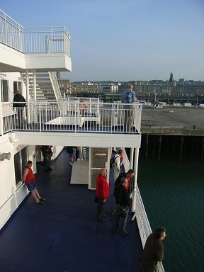 F_ferry_01.jpg