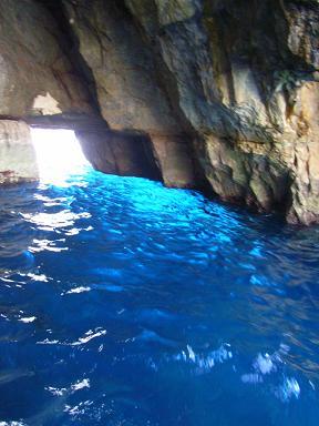 blue_grotte_08.jpg
