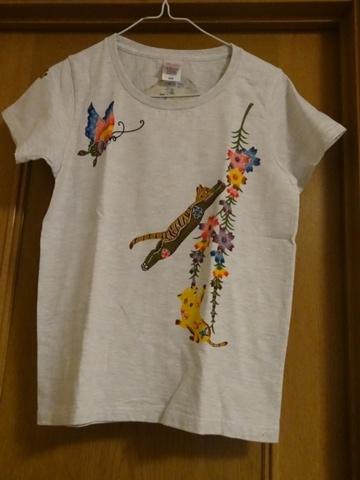 猫の家のTシャツ01(2013.08.22)