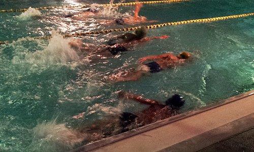 ひなた水泳