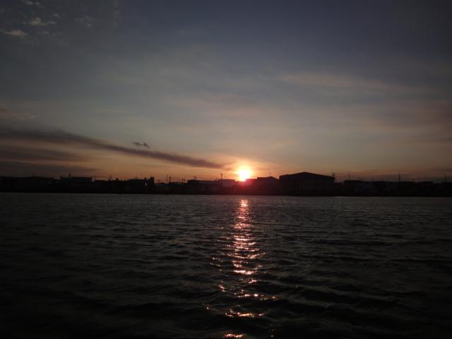 湖 013