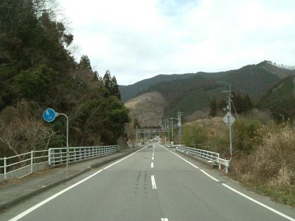 平尾橋と亀橋01