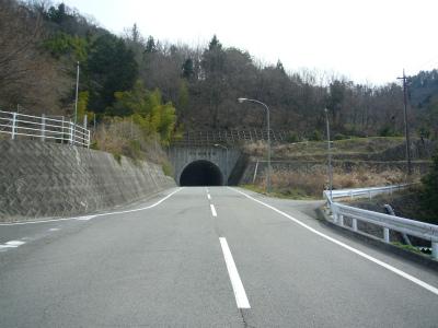 帯那隧道01