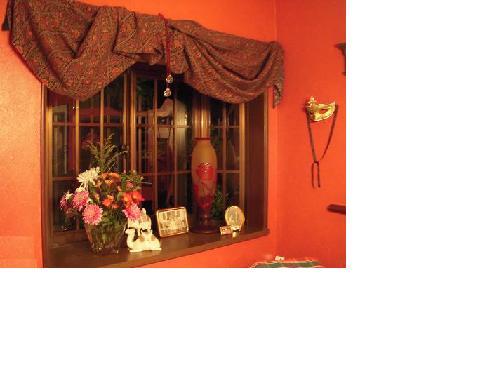冬食堂 赤の壁