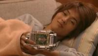 橘さんのベルトを抱いて寝る剣崎かわいい