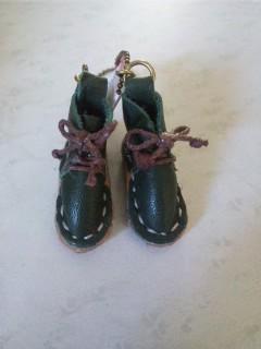 ペア靴のキーホルダー