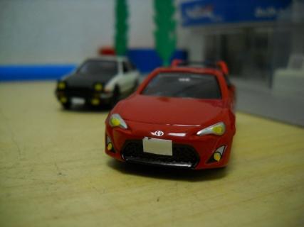 トミカ改造 トヨタ86にウイングを搭載してみる。
