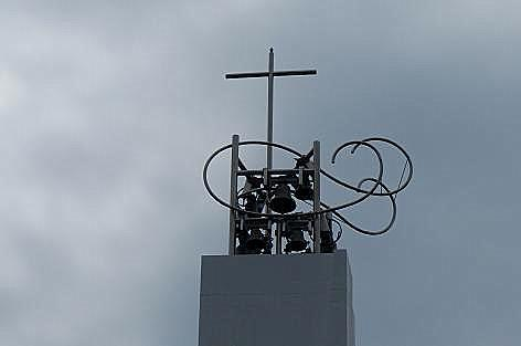 屋根の鐘♪