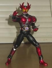 S.H.フィギュアーツ仮面ライダーアギト バーニングフォーム(お馴染みのポーズ)