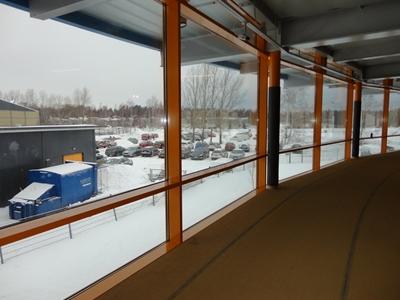 窓越しの雪