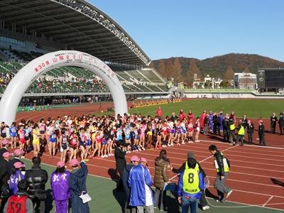 岡山県陸上競技場(カンコースタジアム)