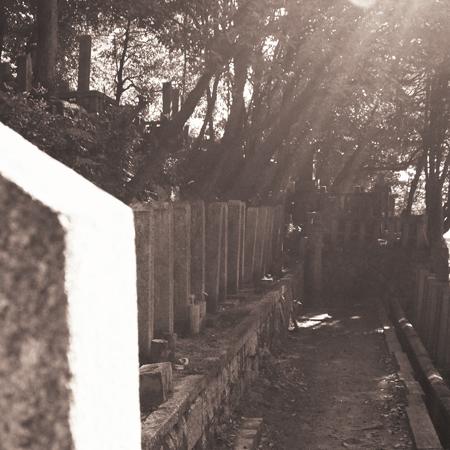 16・墓石