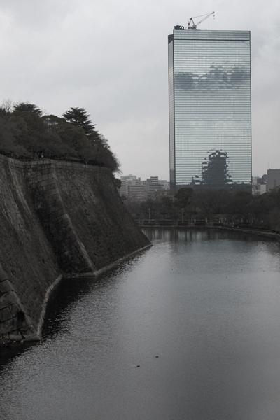 08・ビルの中の大阪城
