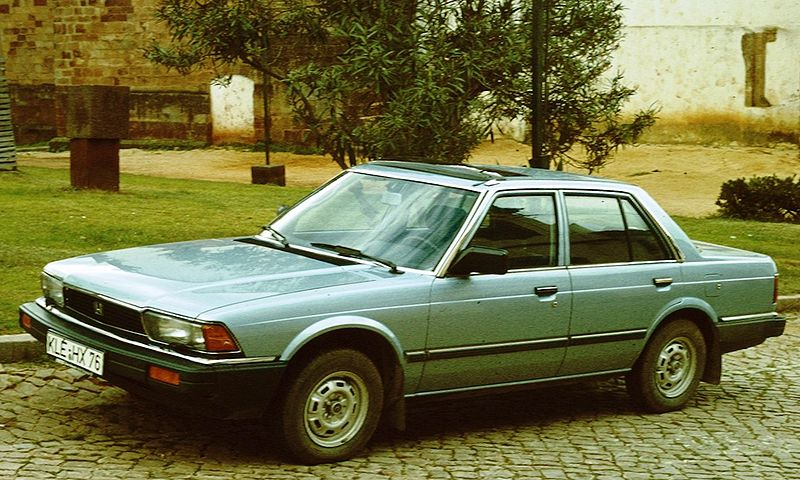800px-Honda_Accord_second_gen_1982_Kleve_Kennzeichen.jpg