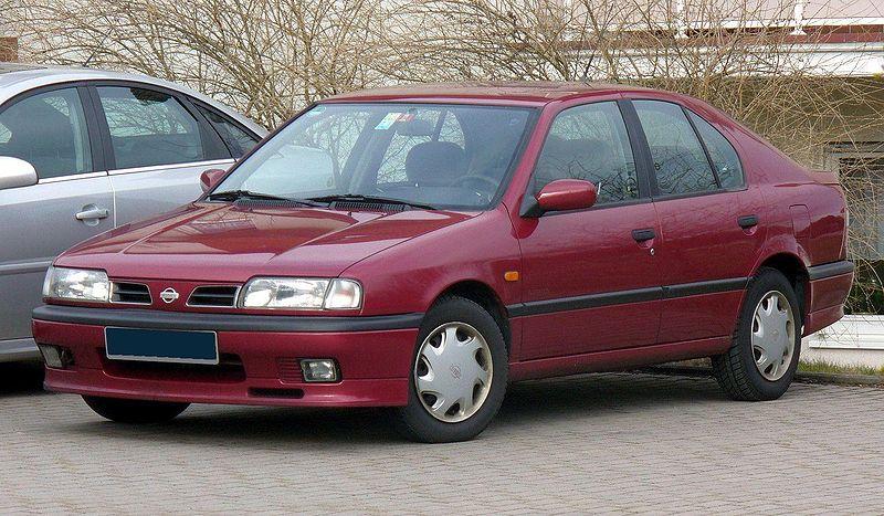 800px-Nissan_Primera_P10_Invitation.jpg