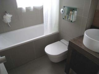 Bathroom-125.jpg