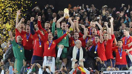 優勝スペイン