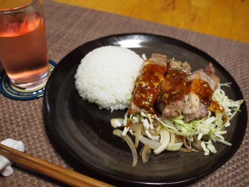 朝食☆豚肉ソテープレート