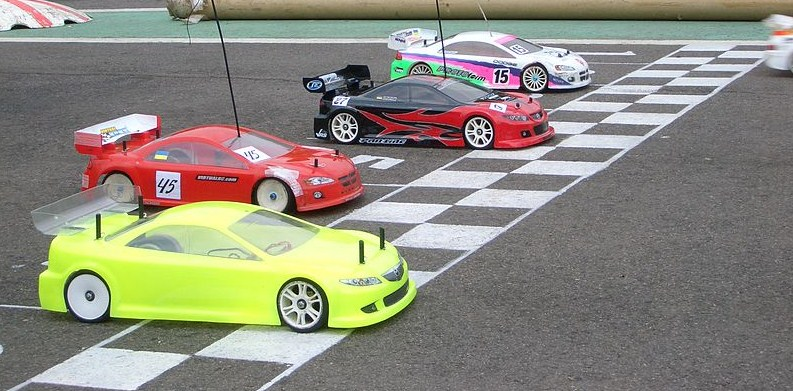 RC_car_racing.jpg