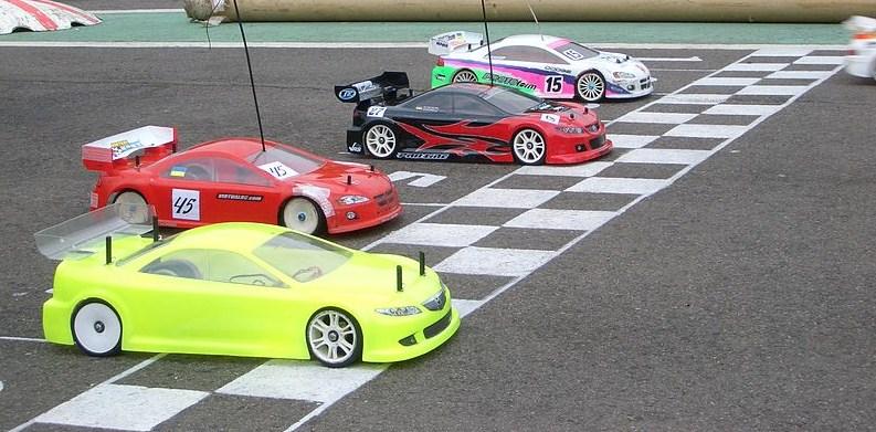 RC_car_racing.jpg