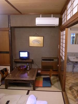 別館の部屋はこんな感じ