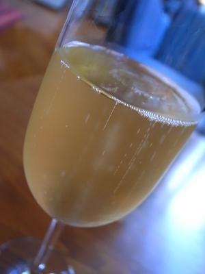 シャンパンです