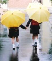 雨降りの登校
