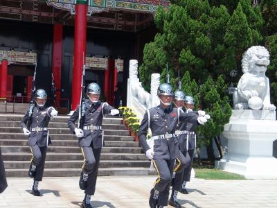 9,4、台湾ツワー、忠烈し、儀礼兵の交代、P9040172
