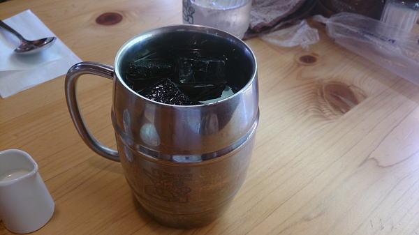 たっぷりアイスコーヒー ¥500 也