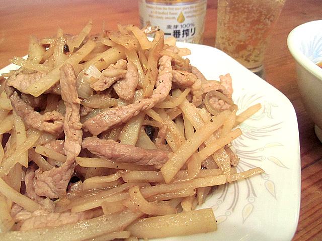 肉絲炒洋山芋片