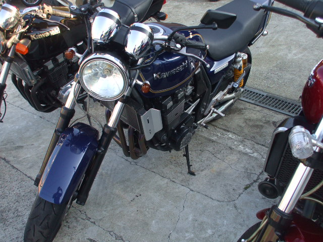 ZRX2シリーズ 003