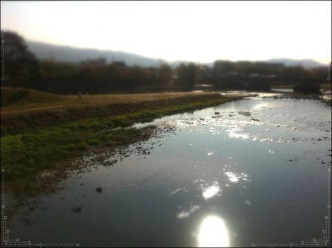 鴨川にうつる太陽