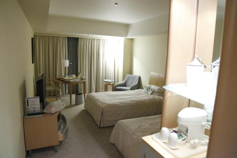 twinroomoftokyodomehotel.jpg