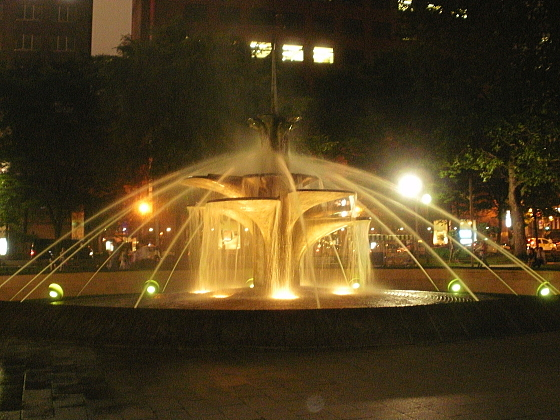 大通公園にある噴水です。