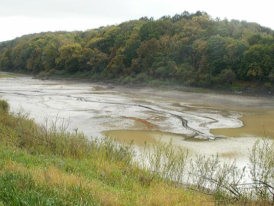 五の沢池は水が抜かれていました。その1