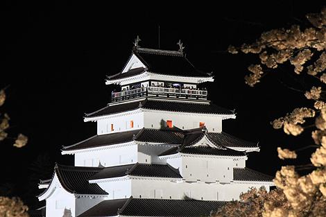 鶴ヶ城夜桜0428 004